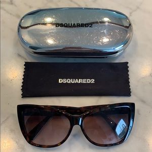 NWOT Dsquared2 Sunglasses